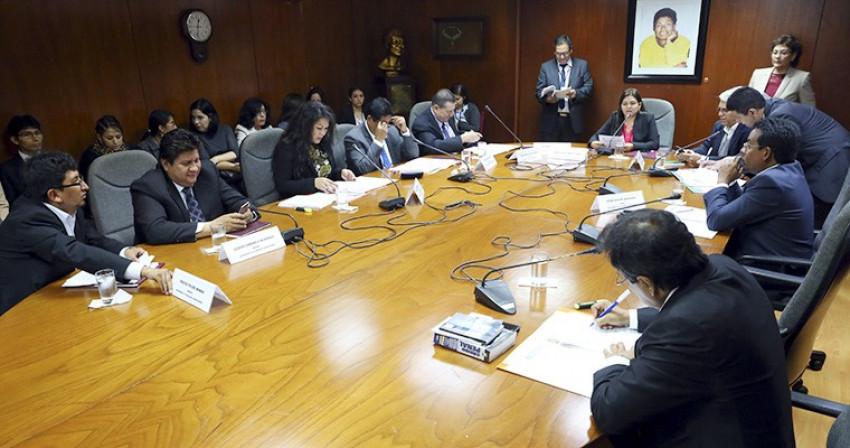 CAN Anticorrupción envía denuncia contra contralor